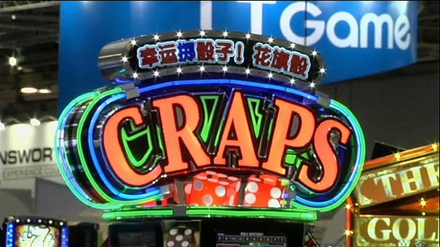 Receitas dos casinos de Macau sobem 28% em abril