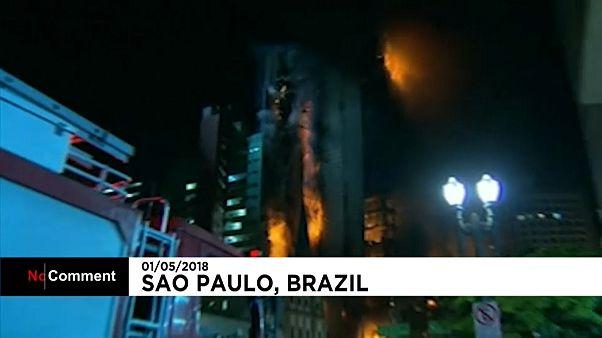 سوختن یک برج ۲۶ طبقه در برزیل