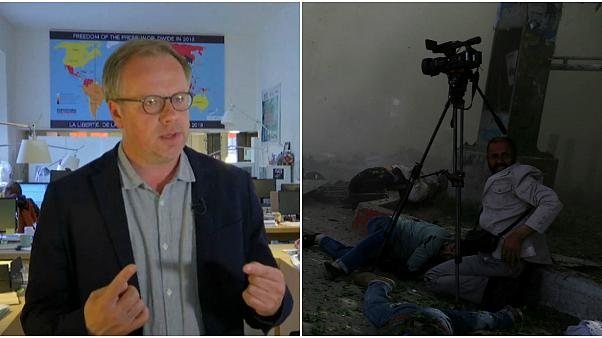 Afganistan'da öldürülen gazeteciler dünya basınını yasa boğdu