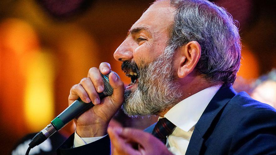 Nikol Pashinián no consigue ser elegido primer ministro en el Parlamento de Armenia