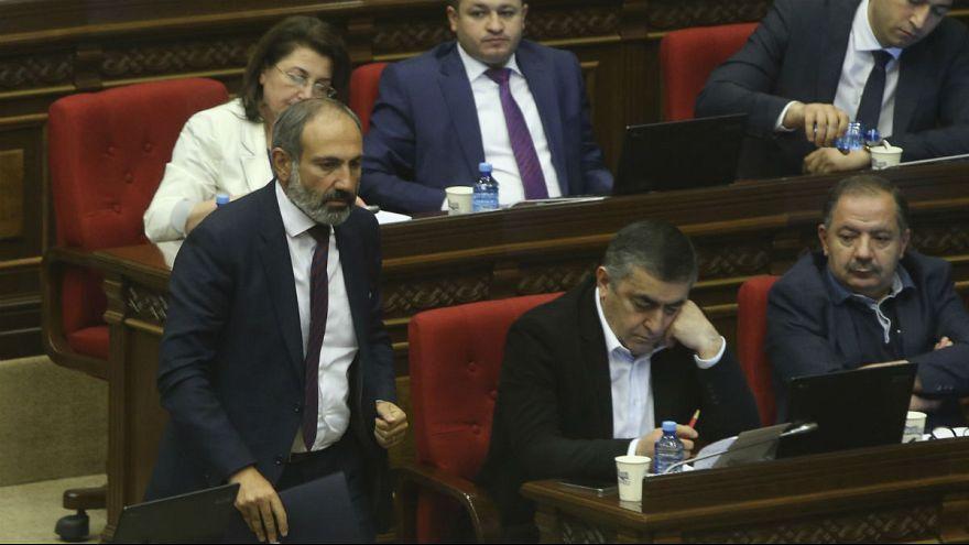 مخالفت پارلمان ارمنستان با نخست وزیری نیکول پاشینیان