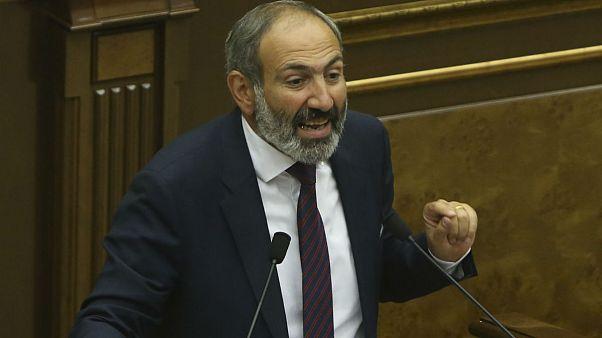 Paşinyan Ermenistan Meclisi'ndeki oylamada başbakan seçilemedi