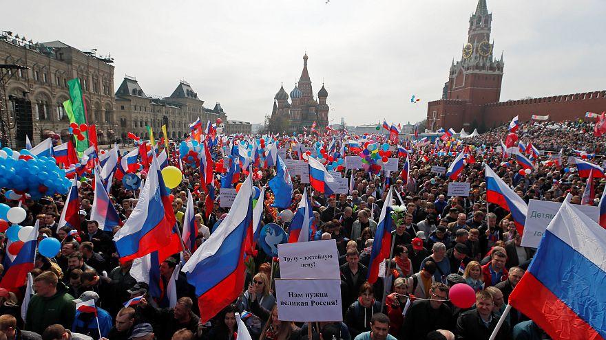 100 mila in piazza per il Primo maggio a Mosca
