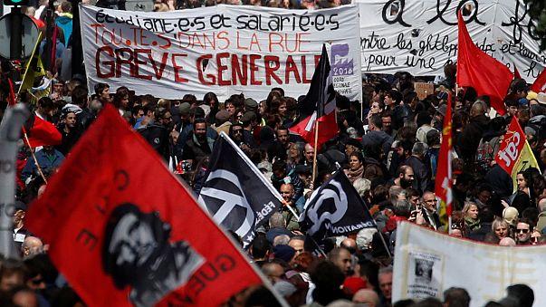 Первомай: профсоюзы против Макрона