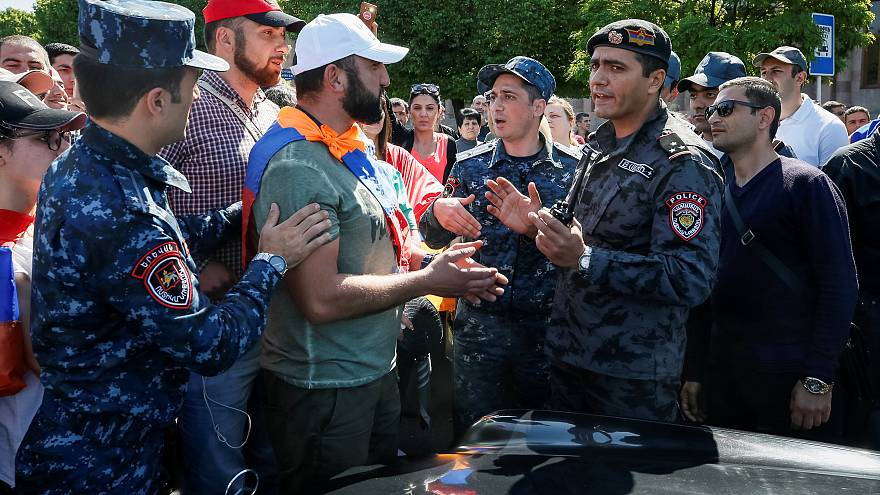 Generalstreik legt Armeniens Hauptstadt lahm