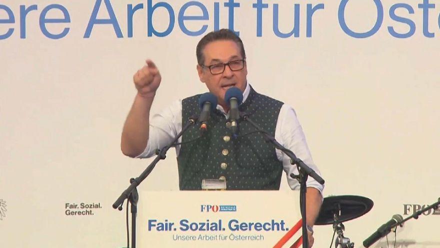 "Strache lästert im Bierzelt gegen Kern: ""SPÖ Partei des Islam"""