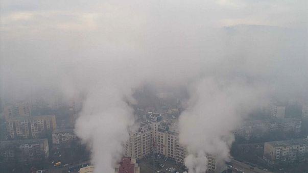 OMS: nove persone su dieci respirano aria inquinata