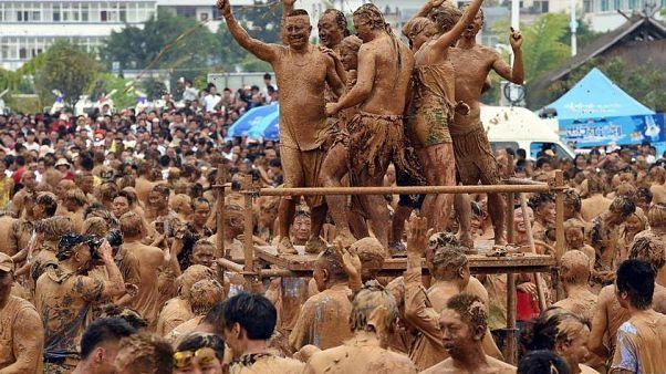 Schlammbad am Monihei-Karneval