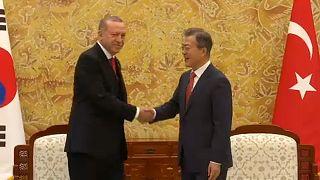Erdogan Dél-Koreában