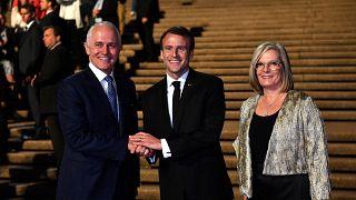 """ماكرون يصف زوجة رئيس الوزراء الأسترالي بـ """"اللذيذة"""""""