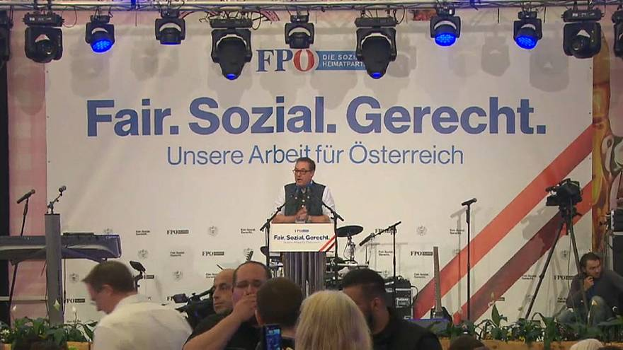 Austria: FPÖ - SPÖ, accuse incrociate
