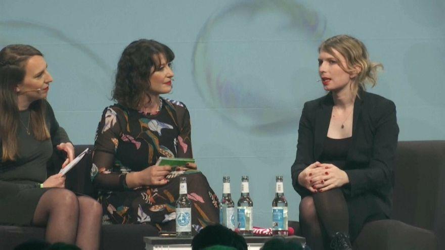 Chelsea Manning spricht auf Internetkonferenz in Berlin
