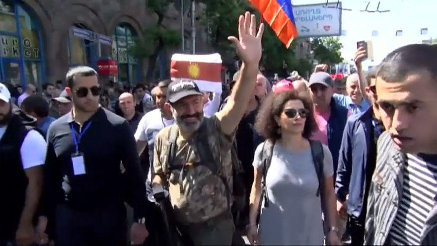 'Ermenistan halkı yorgun, değişim istiyor'