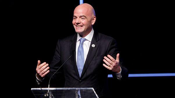 رئیس فیفا پیشنهاد برگزاری «مینی جامجهانی» را داد