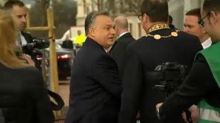 ЕС грозит Венгрии и Польше бюджетным кнутом