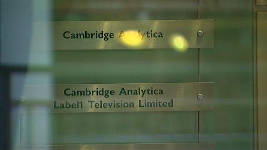 Nem éli túl a Facebook-botrányt a Cambridge Analytica