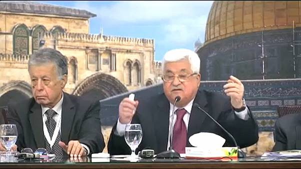 Bírálják Abbasz kijelentését a holokausztról