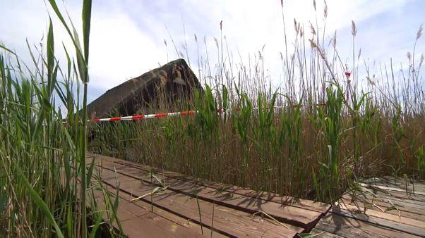 العثور على جثة امرأة مقطعة الأطراف في قاع بحيرة وثلاجة في النمسا