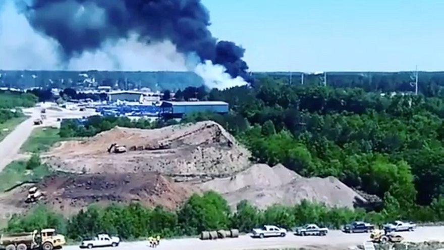 Vários mortos em acidente com avião militar no sul dos EUA