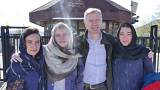 راب مکایر به همراه خانوادهاش در ایران