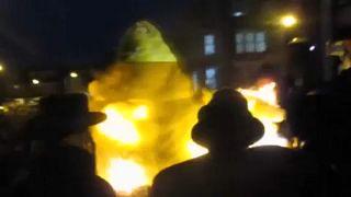 London: máglya robbant be egy zsidó ünnepen