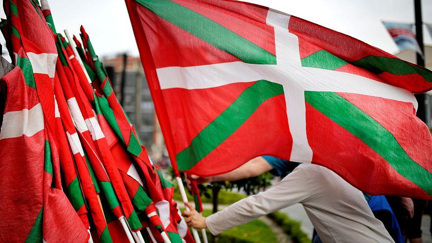 L'ETA, gruppo indipendentista basco, annuncia ufficialmente il proprio scioglimento