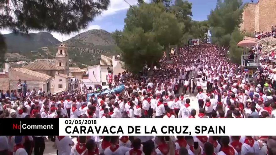 """Marea de """"Caballos del vino"""" en Caravaca de la Cruz"""
