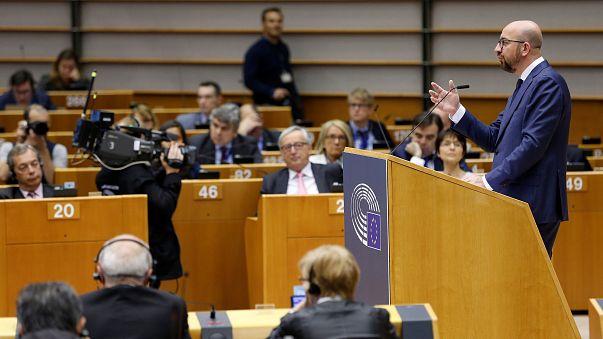 """Juncker pide la nacionalidad belga para los funcionarios británicos tras el """"brexit"""""""