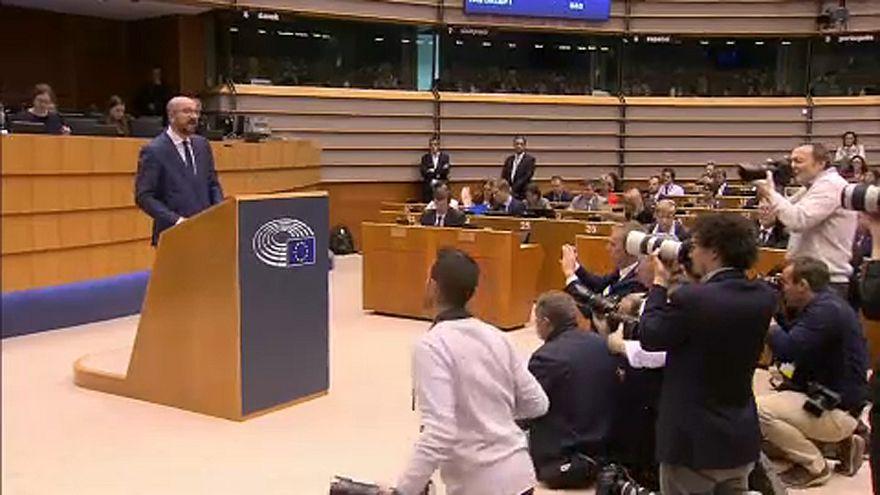 """La citoyenneté belge pour """"sauver"""" les fonctionnaires britanniques?"""