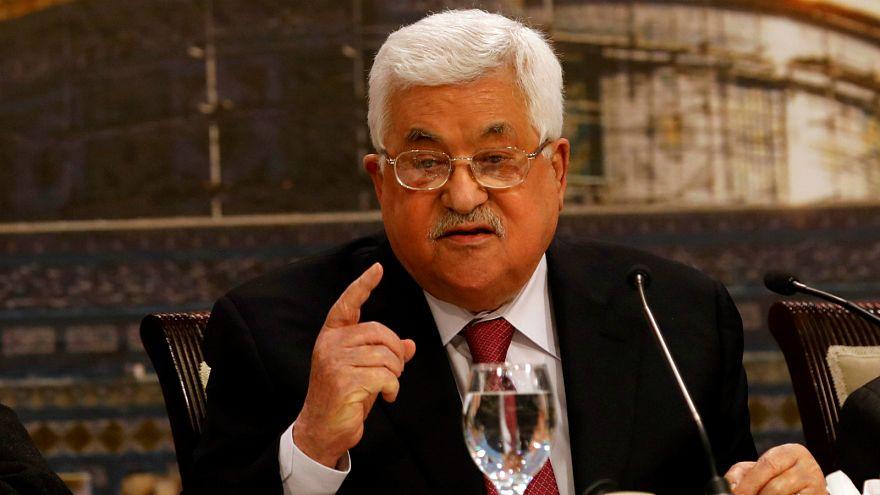بريطانيا تعلق على تصريحات عباس بشأن المحرقة