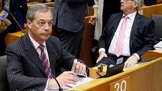 Uniós útlevelet kért Juncker az unió brit alkalmazottainak