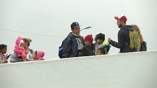 Orta Amerikalı mülteciler ABD'ye geçti