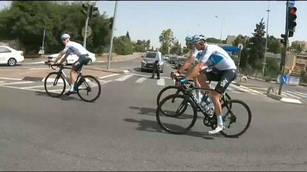 Chris Froome quiere hacer historia en el Giro de Italia