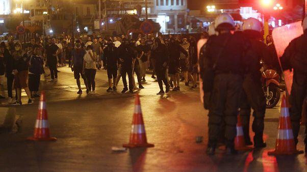 Ένταση στη Μυτιλήνη - «Θερμή» υποδοχή στον πρωθυπουργό