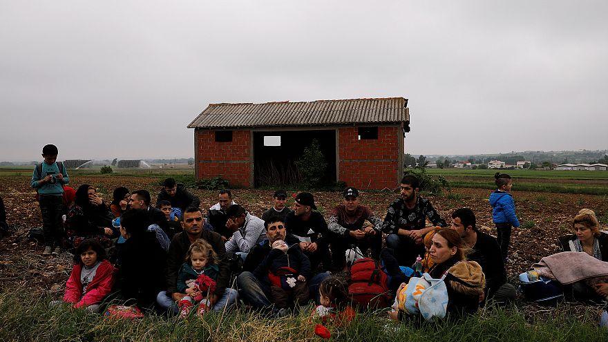 Καταγγελίες για παράνομες επαναπροωθήσεις προσφύγων στην Τουρκία