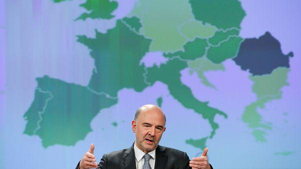 La Comisión augura un ligero frenazo en el crecimiento de la UE