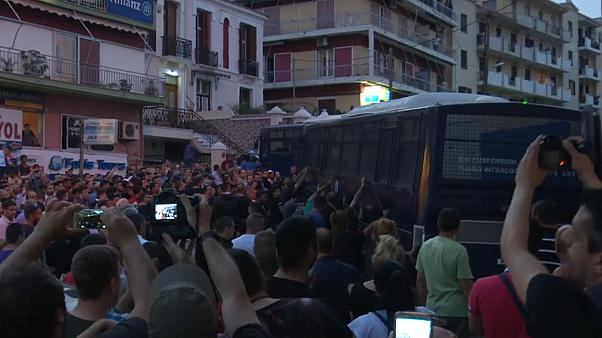 Angry protestors welcome Greek PM to Lesbos