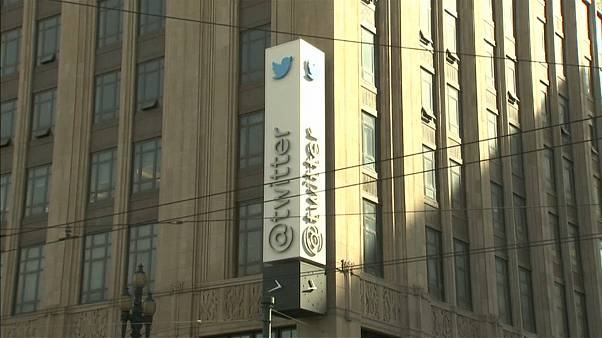 Twitter aconselha os utilizadores a alterar as palavras-passe