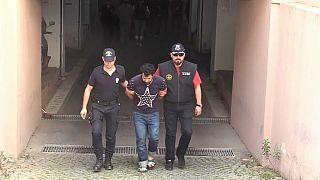 """أربعة من قياديي داعش بينهم """"أمير"""" الرقة يودعون السجن في تركيا"""