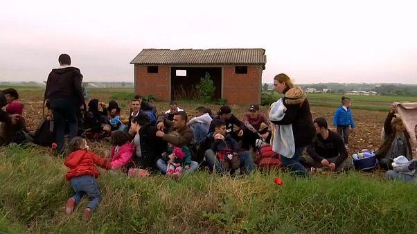 Migranten überqueren EU-Außengrenze in Griechenland