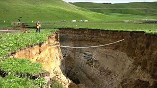 giant sinkhole New Zealand Bay of Plenty