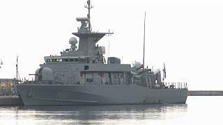 Barco patrulha grego no porto