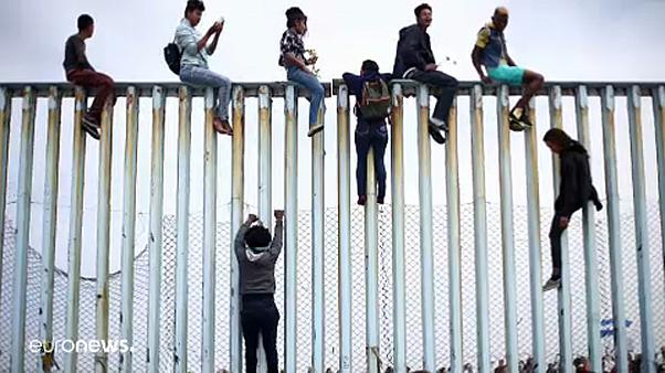 Falmászók az amerikai-mexikói határon
