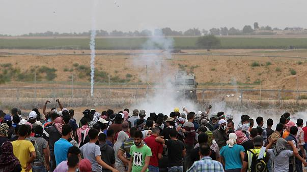 Gazze sınırında gerginlik: 40 yaralı