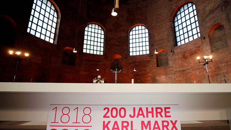 Γερμανία: Άγαλμα 5 μέτρων του Καρλ Μαρξ