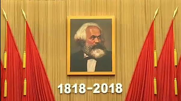 Imagem de Karl Marx no Grande Palácio do Povo na China