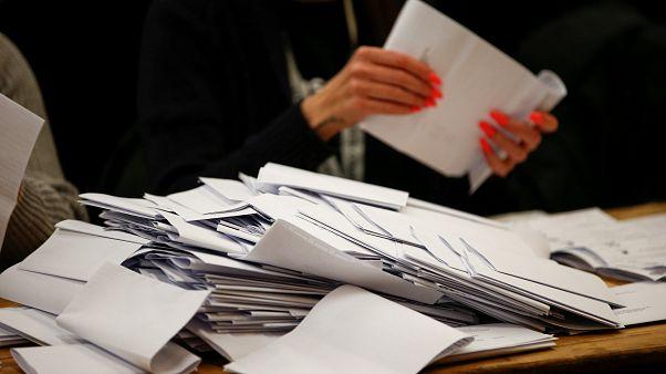 İngiltere'de yerel seçimler yapıldı