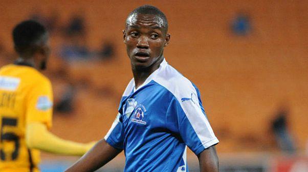 صعقة برق تقتل لاعب كرة قدم جنوب إفريقي