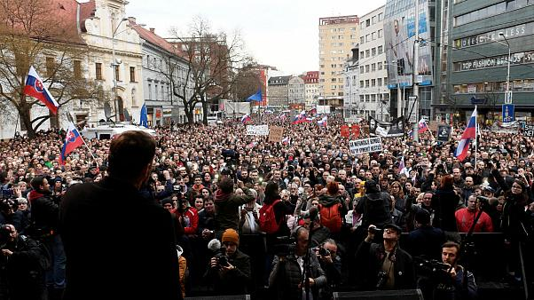 Újra tüntetnek Szlovákiában