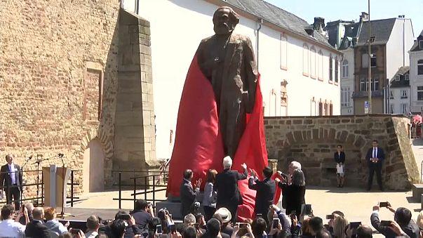 Komünizmin öncüsü Marks'ın 200'üncü doğum günü